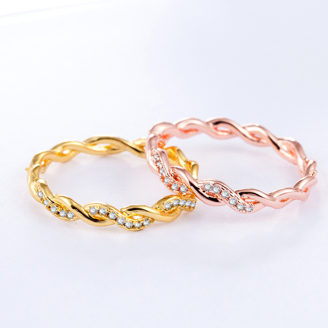 AMORUI Ladies Simple Cross Twisted Zircon Wave Engagement Ring Rose Gold/Gold Th