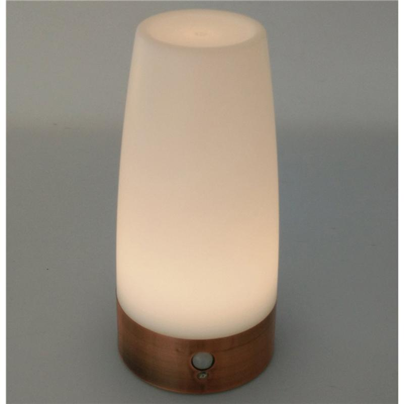 Retro LED Night Light Battery-Operated Sensitive Portable Moving Table Lamp