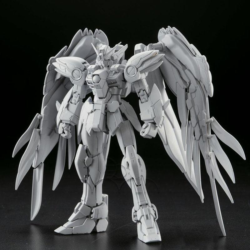 XXXG-00W0 Wing Gundam Zero EW (RG) (Gundam Model Kits)