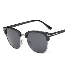 The new men's sunglasses polarized sunglasses classic sunglasses driving a small 8672 square glasses, prescription sunglasses