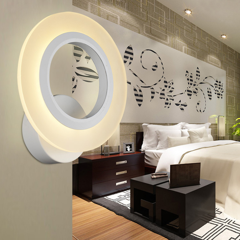 Modern LED acrylic wall lamp. Living room / hallway / bedroom / study / bedside wall lamp