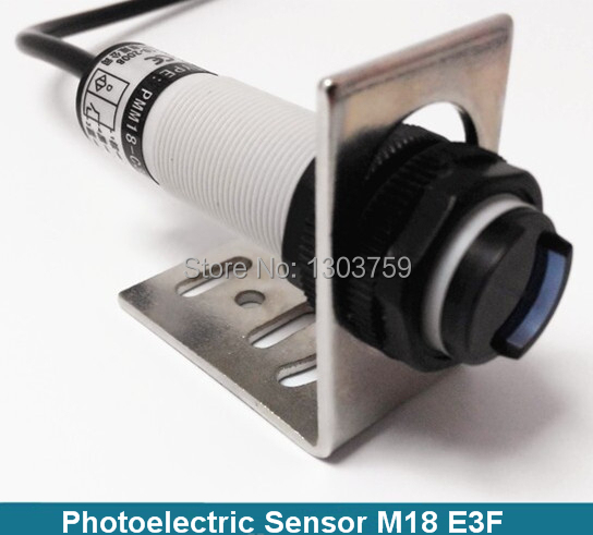 free shipping 3 Wire 2m distance reflector mirror type light Ray infrared sensor photoelectric sensor switch (E18-3B2PA)  цены