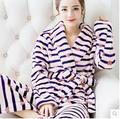 Invierno bata de franela hembra albornoz pijamas de párrafo más grueso más largo coral par de manga larga pijamas Trajes de abrigo