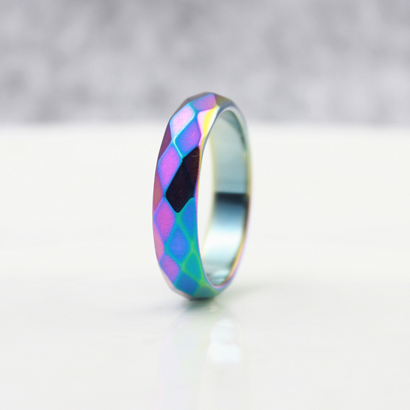 Fashion Party Jewelry Grade 3A Jakość 6mm Wide Faceted Hematyt Rings Pierścienie Rainbow Color Fashion (1 Sztuka) HR1010