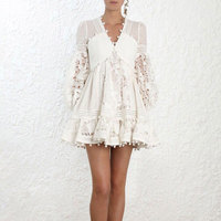 6749fa2db28d6 Luxury Brand 2018 High Quality Women White Dress Full Sleeve Boho Lace  Pattern Hollow Out Dress