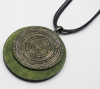 Fashion-Exaggerated-Alloy-Diamante-and-Green-Wood-Pendant-Statement-Necklace-for-Women-Leather-Necklace-Wholesale-Jewelry.jpg_200x200