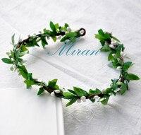 10 개 도매 수제 소박한 화이트 색상 Pip 열매 녹색 잎 꽃 크라운 축제 여성스러운 신선한 꽃 왕관