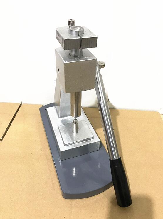 Saatler'ten Onarım Araçları ve Kitleri'de Yeni Güncelleme 6173 İzle Case Arka Basın Aracı Mineral Cam Kristal Baskı Izle Araçları'da  Grup 3