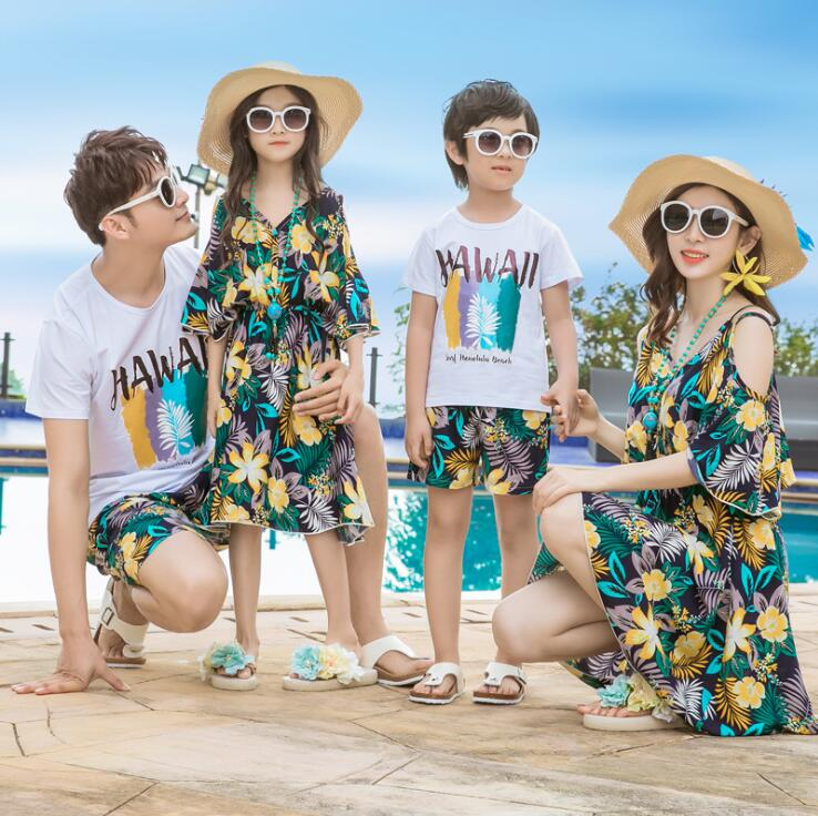 d5455291d4 Hawaii Mother Daughter Dresses Family Matching Outfits Mommy and Me Clothes  Father Son Clothing Sets Family Look Dress Summer