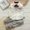 Terno Do Bebê desgaste das crianças na primavera o novo Laço camisa de algodão menino terno 0-1-2-3 maré