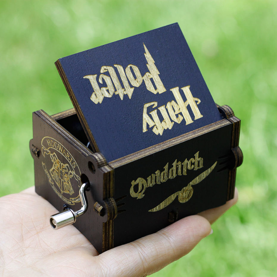 2018The New Listing Black Wooden Music Box Harry Potter Star Wars Hand Operated Musical Boxes Game Of Thrones Caja De Musica