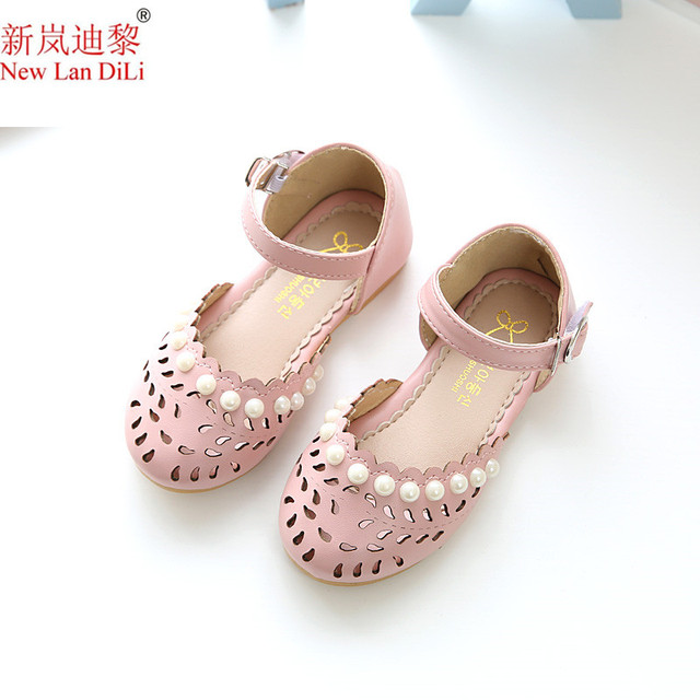 2018 summer girls princess pink beads flat shoes children s baotou sandals  ladies baby kids beach shoes blue white sandals 127f3f1a1439