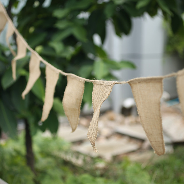 Aliexpress buy 3m vintage shabby chic hessian burlap banner 3m vintage shabby chic hessian burlap banner rustic wedding bunting decors buntings chics wedding decoration casamento junglespirit Image collections