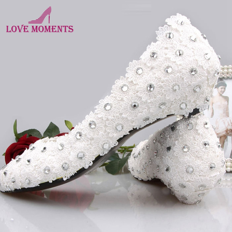 1 Inches White Lace Low Heel Bridal Shoes Lady Sapatos Party Prom Shoes Rhinestone Bridal Shoes Plus Size Bridesmaid Shoes fashion white lace high heel wedding bridal shoes bridesmaid dress shoes elegant party embellished prom shoes lady dancing shoes