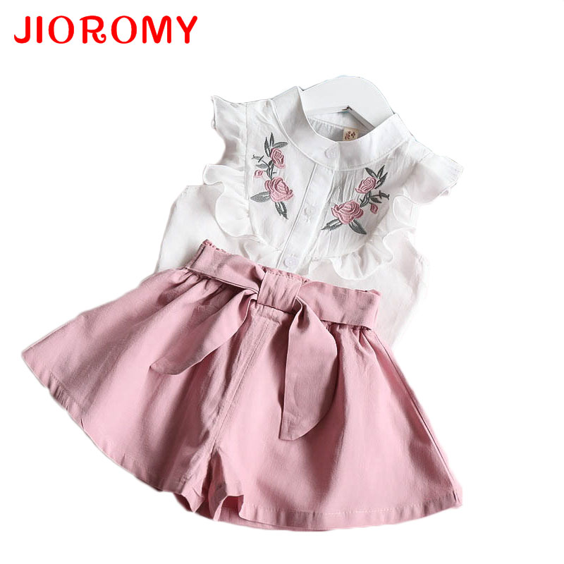 JIOROMY 2017 Summer Korean Baby Girls Clothing Set Children Heart Shirt+bow Shorts Suit 2pcs Kids Floral Bow Clothes Set Suit 2017 summer toddler kids clothing set princess girls lace t shirt tops floral shorts overall jumpsuit 2pcs children clothes 1 6y