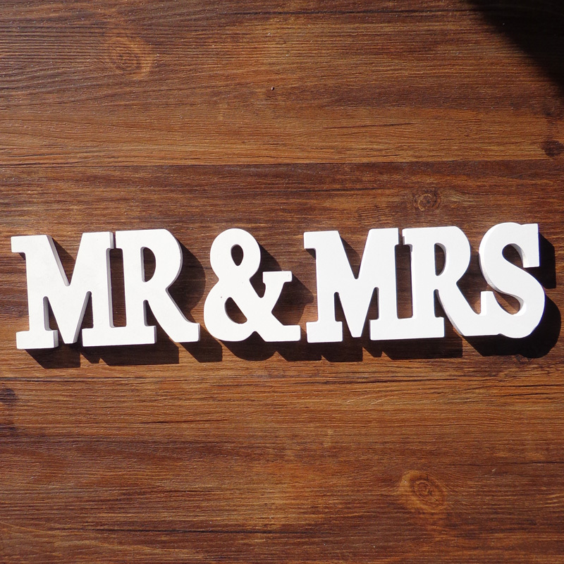 3sets/lot MR&MRS White Wooden Letters English Alphabet Word Free Standing for Wedding Party Birthday Home Decor