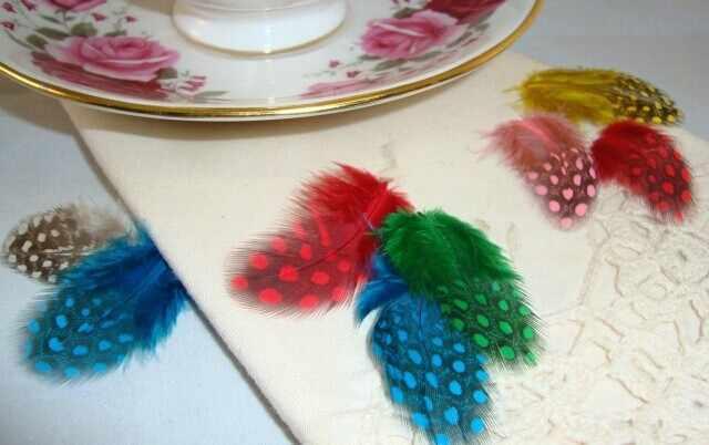100pcs 5-10 ซม.ผสมสีธรรมชาติ pearl ไก่ขนนก feathers หน้ากากสำหรับเครื่องประดับหัตถกรรมทำชุดอุปกรณ์ตกแต่ง