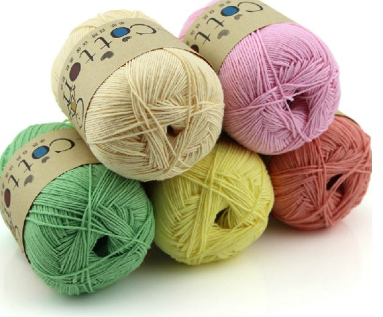 100% Cotton yarn for knitting 16s/3 in colour hand knitting baby sweater Eco-Friendly yarns 100 balls small wholesale on sale