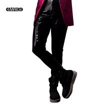 Dostosuj męskie skórzane spodnie męskie moda Casual Hip Hop Slim Fit spodnie skinny Fit spodnie lokomotywy pokaz sceniczny kostiumy tanie tanio EMAIGI Ołówek spodnie Faux leather Zipper fly Pełnej długości Mieszkanie Midweight k065 Suknem NONE