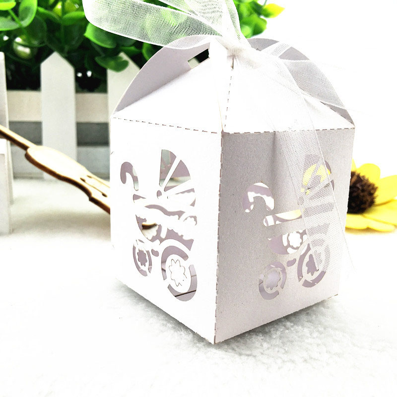 10pcs Wedding Car Laser Cut Hollow Carriage Favors Box Gifts Candy Boxes With Ribbon Baby Shower Wedding Event Party Supplies
