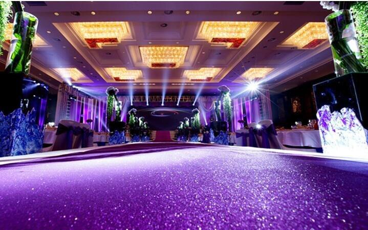 Blizganti raudona vestuvių dekoracija perlamutriniu kilimu, - Šventės ir vakarėliai - Nuotrauka 6