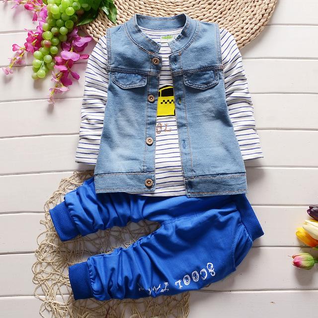 2016 nuevo llega la moda niños boy jean traje de la ropa 3 piezas conjunto del muchacho tops vaquero chalecos + Camisetas + pantalones conjunto