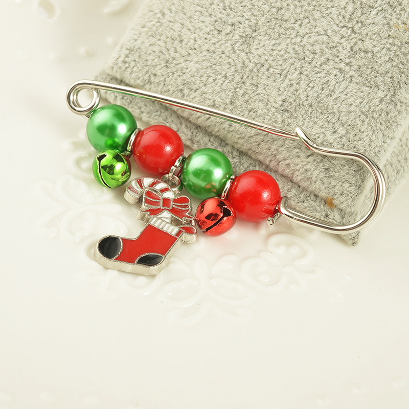 2018 new arrival christmas pins diy santa claus boots trees pearl broaches for women kids collar pin accessories new year gifts in brooches from jewelry - Christmas Pins