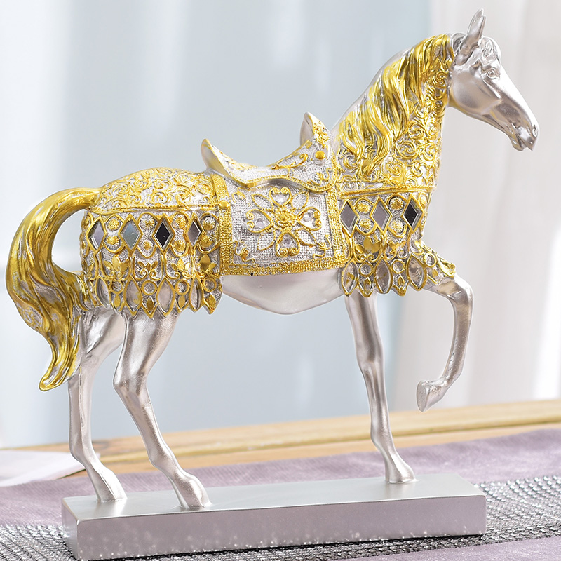 1 pieces / home decorations tatue home decor accessories resin crafts gold horse statue living room lucky horse furniture gifts