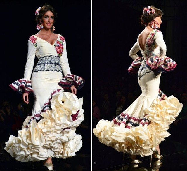 Flamenco Dresses V Neck Long Sleeve Mermaid Floor Length Lique Beaded Ruffles Tiered Backless Satin Prom