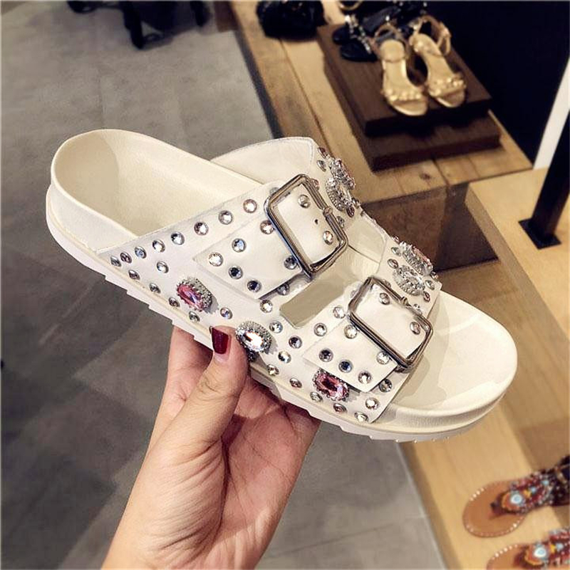 2019 Leather Women Slides Belt Buckle Design Platform Women Shoes Glitter Crystal Embellished Women Slipper Rivets Shoes Chic