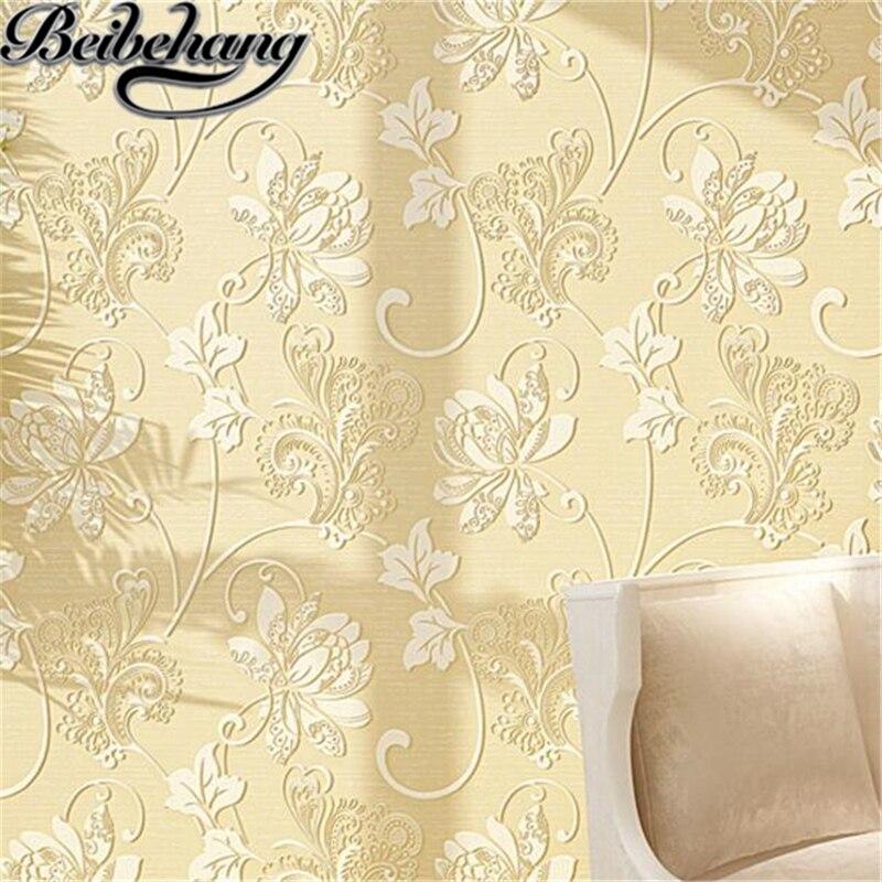 Обои из нетканого материала с рельефным рисунком в виде бабочек и цветов|background