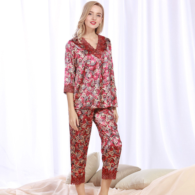 5c59024518 Women Silk Satin Pajama Set Floral Pijama Feminino Lace Pyjama Femme V-neck  Sleepwear Set Spring Summer Nightwear Home Clothing