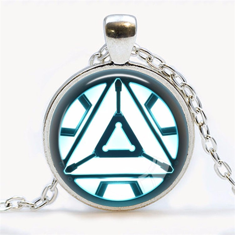 Cool Iron Man Arc Reactor Necklace