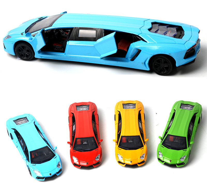 [Funny] Light and Sound Extended Sports car Limo Toy Car Limousine Diecast Vehicle Models 1:36 Alloy Pullback Model kids gift