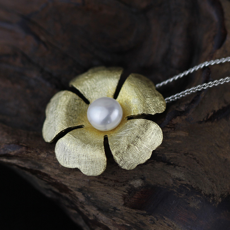 925 sterling silver jewelry pendants handmade brushed flower pendant with center pearl