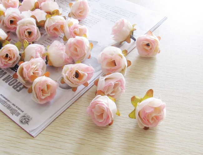 Bouquet Kuncup Buatan Solid 1