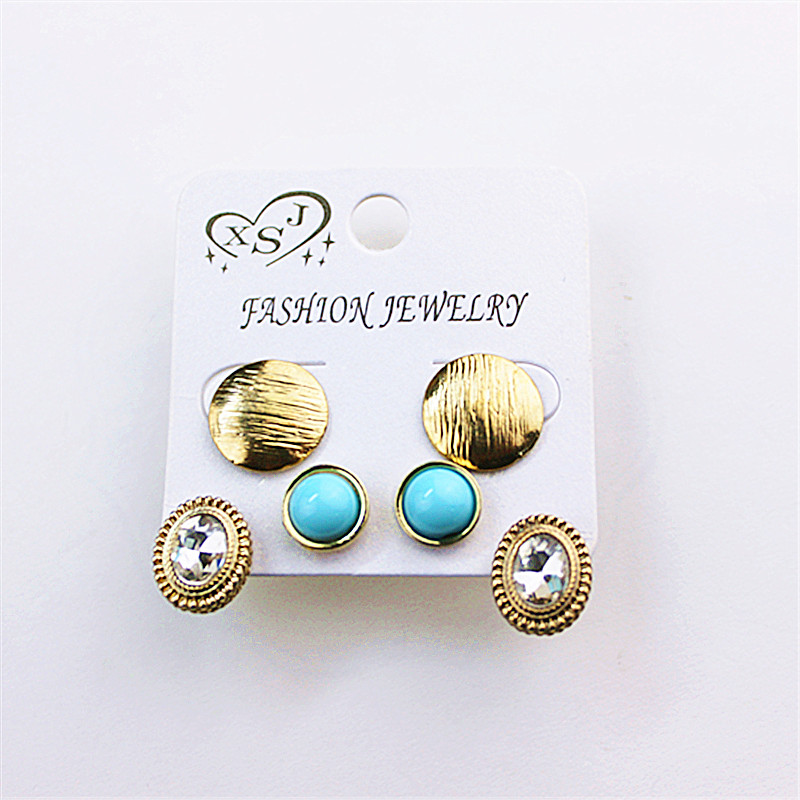 Three to a popular lady wholesale jewelry factory girls girls birthday party joker type stud earrings earrings shipping agent!