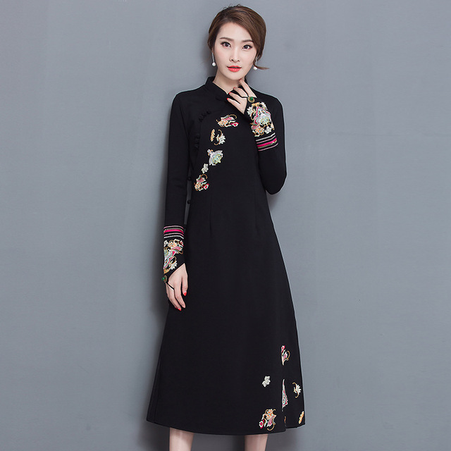 94a0091d4 LZJN Chinese Women Clothing Embroidery Sleeve with Finger Rope Ethnic  Floral Dress Robe Vintage Long Cheongsam Dress Qipao 6231