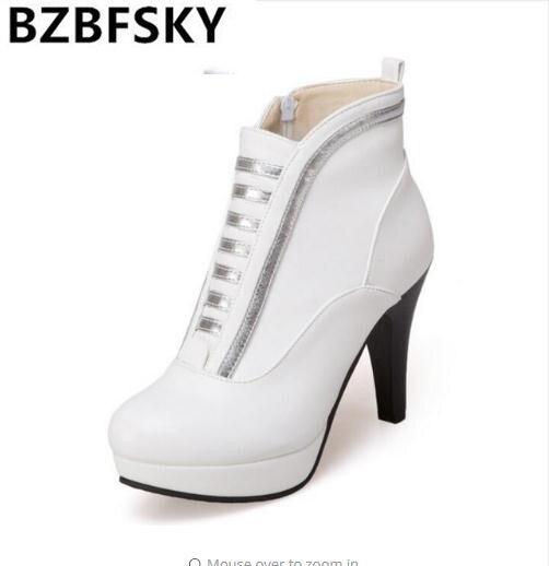 2182045e80743 Bottes 2019 Femmes Pompes Talons Plus Martin white Black yellow D hiver Mode  Automne Chaussures Dames Femme Cheville Hauts WqqrzwY5