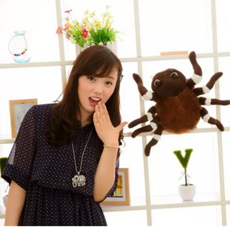 Fancytrader Large Simulated Animal Spider Toy Stuffed Realistic Plush Halloween Simulation Spider Decoration Kids Toys halloween party supplies paper spider lantern decoration