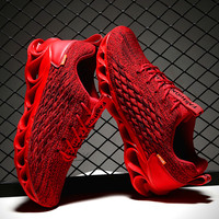 2019 New Soft bottom Bullock Men's Sneakers Ultra Light Lace Up Hollow Breathable Casual Shoes Knitted Mesh Man Footwear