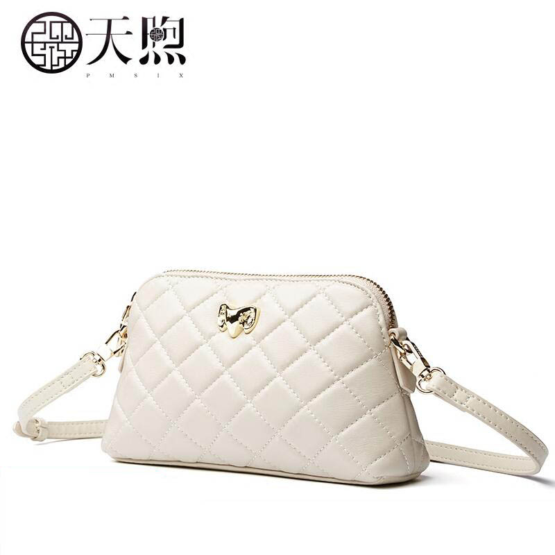 Pmsix2018 High-quality luxury fashion high-grade leather wild small incense sheepskin rhombus embroidered Messenger bag shoulder pmsix2018 high quality luxury fashion new high grade leather ethnic embroidery handbags embroidered bag large shoulder bag