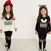 где купить Girls spring  autumn suit 2017 new fashion trend baby cotton sports leisure two-piece mickey pattern long-sleeved shirt + pants дешево