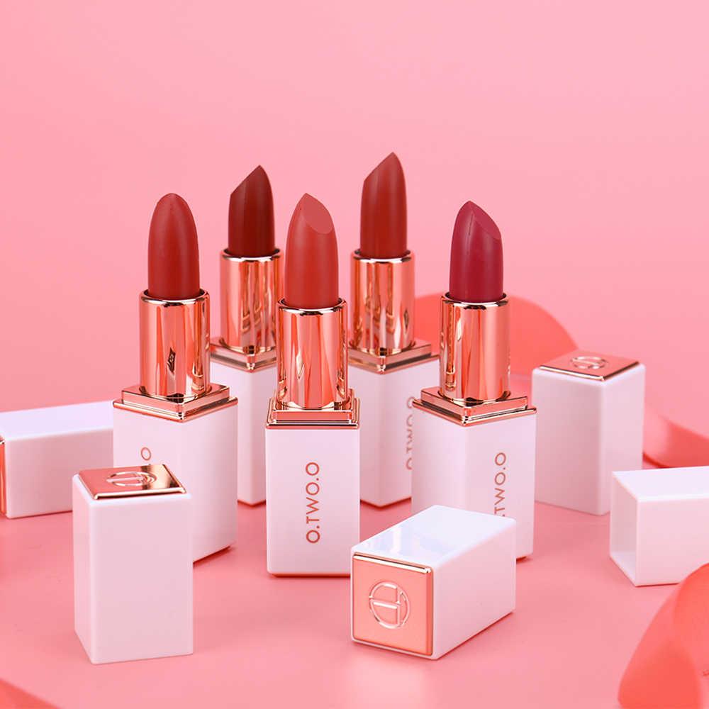 O. Tw O.o 12 Kleuren Fluwelen Lippenstift Waterproof Langdurige Make Moisturizer Pigmenten Make Up Matte Lipsticks Schoonheid Lippen