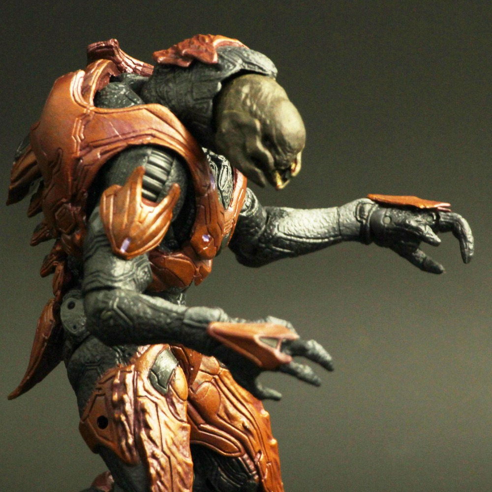 Macfarlane 2012 Halo 4 Reach Elite Warriors 6 Inch Action Figure Model Alien Monster