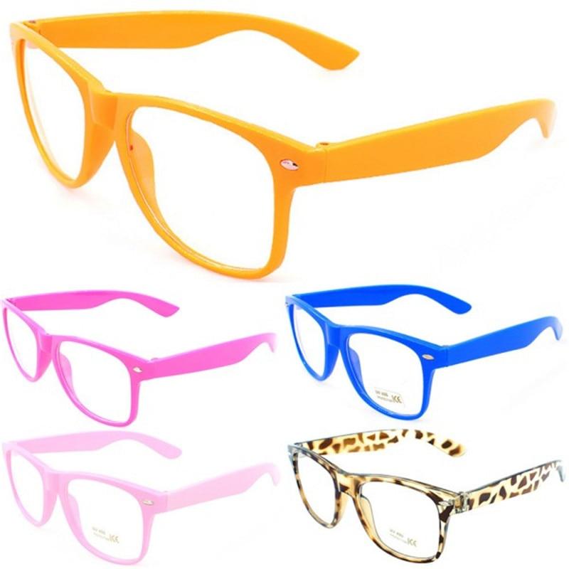 ca8adaeff5 Montura de gafas de 4 colores montura de lentes transparentes marco  cuadrado Unisex para hombre y mujer en De los hombres gafas de Marcos de  Accesorios de ...