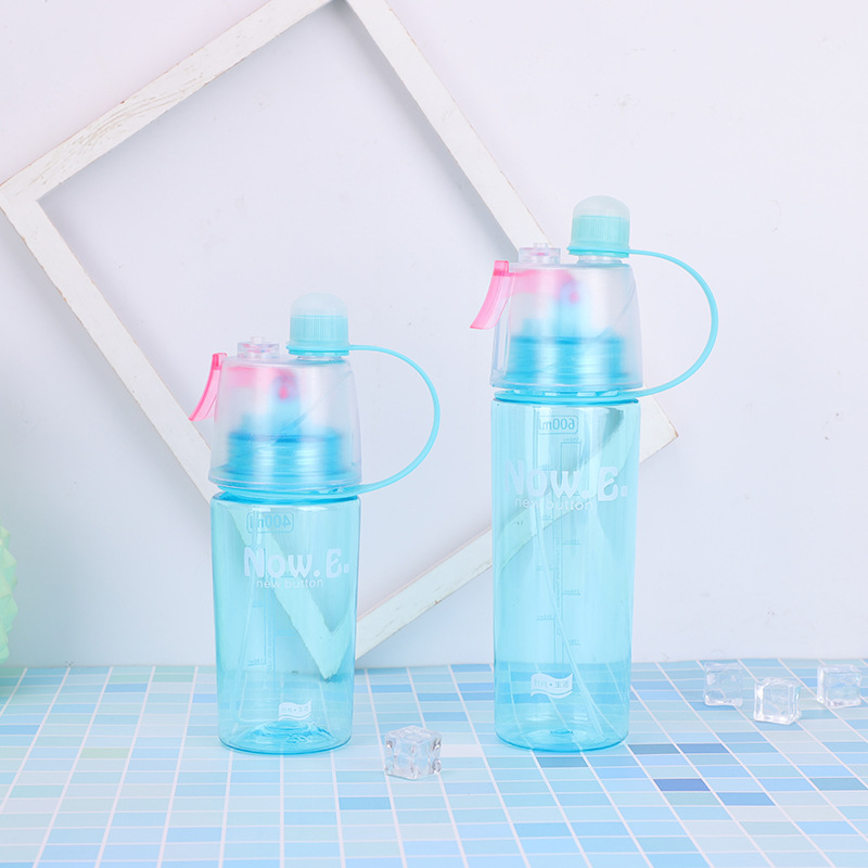 New 400 600Ml 3 Color Solid Plastic Spray Cool Summer Sport Water Bottle Portable Climbing Outdoor New 400/600Ml 3 Color Solid Plastic Spray Cool Summer Sport Water Bottle Portable Climbing Outdoor Bike Shaker My Water Bottles