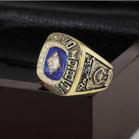 SPORTS RINGS 1985 KANSAS CITY ROYALS WORLD SERIES CHAMPIONSHIP RINGS WITH WOODEN BOX AS FAN GIFT