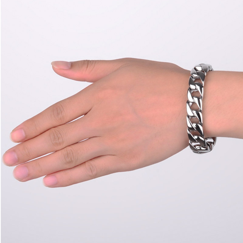 Thick Chain Mens Bracelet Simple Design In Polished Solid Titanium Stainless Steel Fashion Cool Biker Mens Jewelry Top Quality 2016 chain link charm china wholesaler top quality mens and womens wide titanium fashion bracelet jewelry