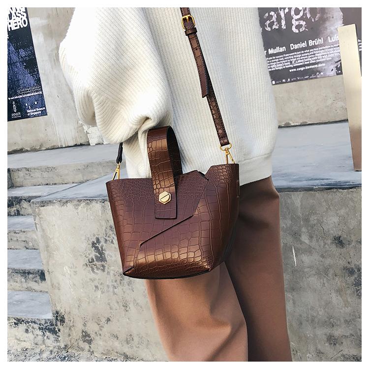 BROWN Vintage Tote Bucket bag PU Leather Handbag Alligator Pattern Shoulder Bag